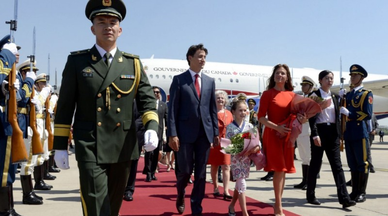 trudeauarrives.jpg.size.custom.crop.1086x724