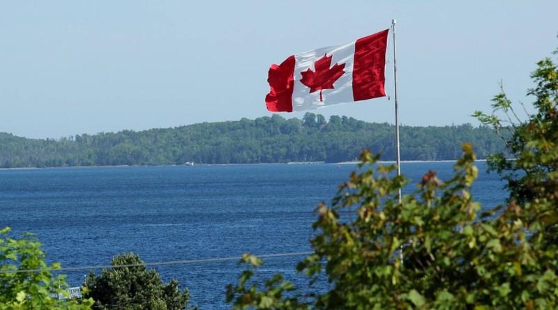 canada flag manzare