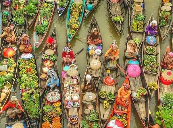 indonesia-float market2