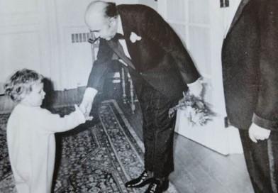 سه نخست وزیر ، دونسل و دو سرنوشت متفاوت Three Prime ministers in one frame
