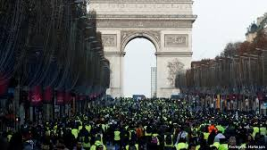 paris yellow vest