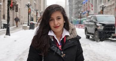 فارغ التحصیلی دختر افغان از دانشگاه اتاوا – Afghan woman realizes dream with U of O degree